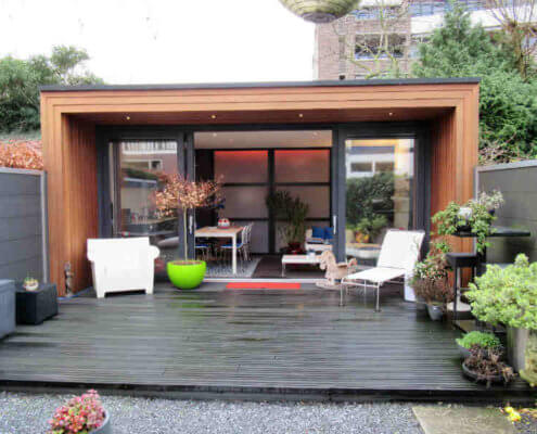 Eem praktijkruimte in de tuin