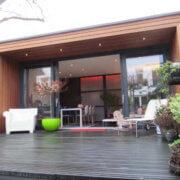 Een praktijkruimte of tuinkantoor bouwen als bijgebouw in de tuin